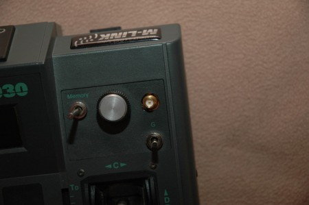 El agujero de salida de la antena es de 10 mm.