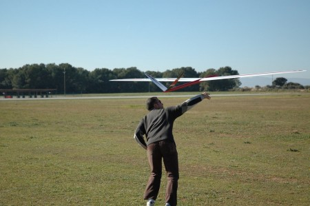 Primer vuelo.